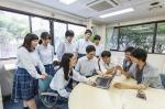 東京都では私立高校、高等専修学校に対する授業料軽減助成金制度があります。国の就学支援金に加えて東京都独自の助成金を合わせることにより、授業料を実質無償にする制度です。東京都に在住し、東京都が認可する私立高校に在籍していることが条件です。