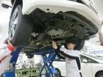 1級自動車整備士を目指し実習に励む古田紗貴さん(ホンダテクニカルカレッジ大阪)