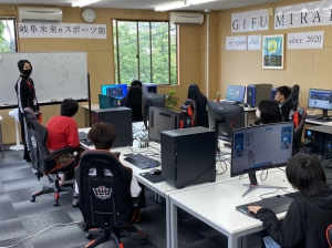 人気の「eスポーツ部」もスタートしました。その他、学校行事も多数あります!