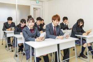 楽しく通える通学コース×安心の担任制