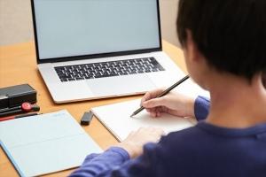 パソコン操作等の職業スキルを身につけるための授業が充実